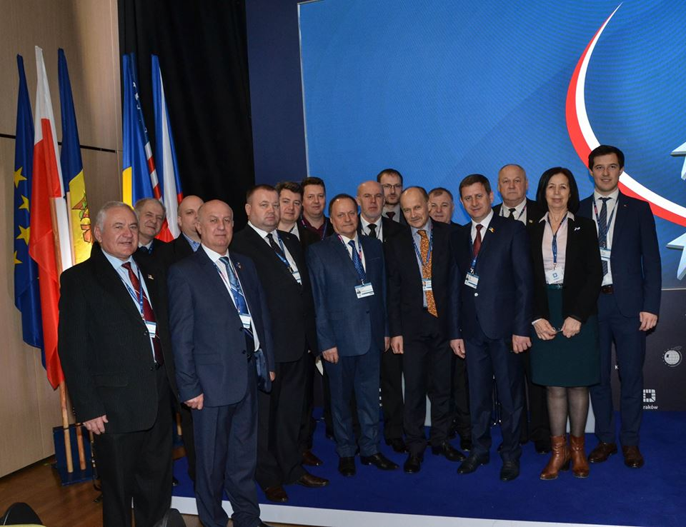 <a class=&quot;amazingslider-posttitle-link&quot; href=&quot;http://www.euroregiune.org/en/signing-cooperation-agreement-siret-prut-nistru-euroregion-association-foundation-institute-eastern-studies-warsaw-poland-march-27/&quot; target=&quot;_self&quot;>Signing the Cooperation Agreement between the Siret-Prut-Nistru Euroregion Association and the Foundation Institute for Eastern Studies in Warsaw, Poland, March 27</a>