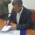 "<a class=""amazingslider-posttitle-link"" href=""http://www.euroregiune.org/en/signing-letter-intent-regarding-co-operation-agreement-comrat-city-slanic-moldova-city/"" target=""_self"">Signing of a letter of intent regarding the co-operation agreement between Comrat city and Slanic Moldova city</a>"