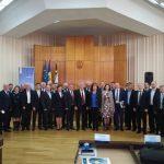 <a class=&quot;amazingslider-posttitle-link&quot; href=&quot;http://www.euroregiune.org/17-noiembrie-leova-consiliul-raional-forumul-euroregiunii-siret-prut-nistru-si-adunarea-generala-a-asociatiei-euroregiunea-siret-prut-nistru/&quot; target=&quot;_self&quot;>17 noiembrie, Leova, Consiliul Raional - Forumul Euroregiunii Siret-Prut-Nistru și Adunarea Generală a Asociației Euroregiunea Siret-Prut-Nistru</a>